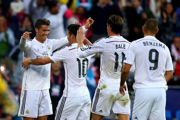 Real Madrid se acercaba a la copa, un trofeo que se le ha negado en ocas...