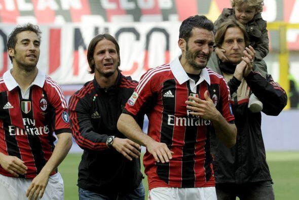 Gianluca Zambrotta también se despedía, entre lágrimas, de este equipo.