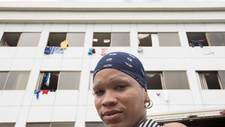 Durante sus últimos años en Cuba, Kinella fue activista del Centro Nacio...