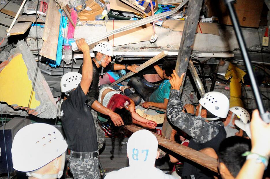 Las imágenes que nos deja el potente terremoto en Ecuador  ecuador14.jpg