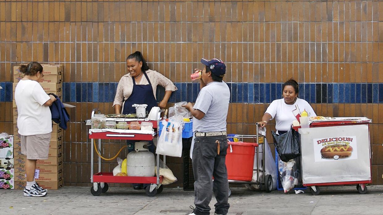 Vendedores ambulantes en la zona de Echo Park en Los Ángeles (foto de ar...