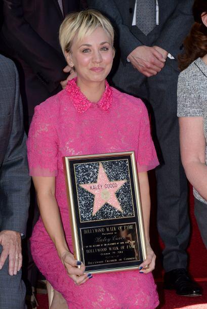 Lo que pasa es que Kaley se emocionó mucho al recibir su estrella.