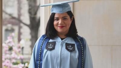 Después de estar en prisión y superar varias barreras, esta madre hispana logra graduarse de la universidad