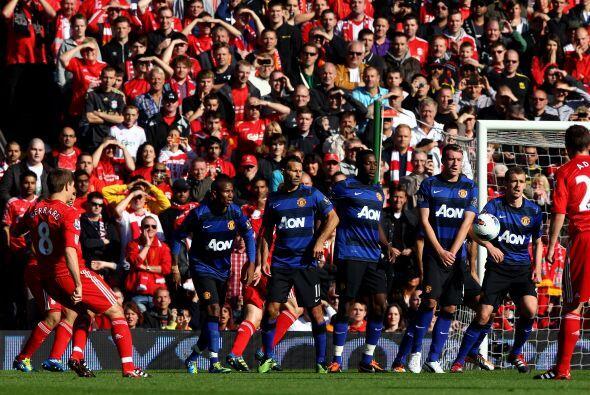 No se podían sacar ventaja hasta que el Liverpool tuvo un tiro libre de...