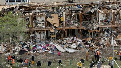 Explosión dejó al menos 500 casas y escuelas destruidas en un área de 37...