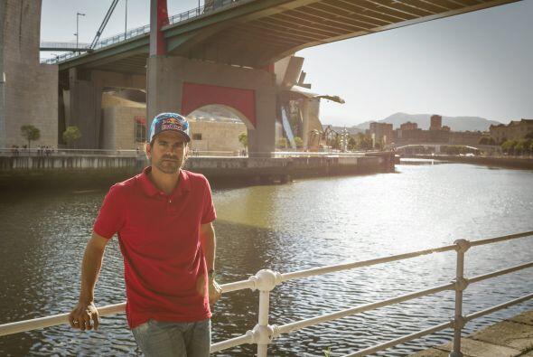 El clavadista colombiano Orlando Duque se prepara para participar en el...
