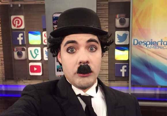 """#CharlieChaplin for Haloween en @DespiertaAmeric"", mostró William Valdes."