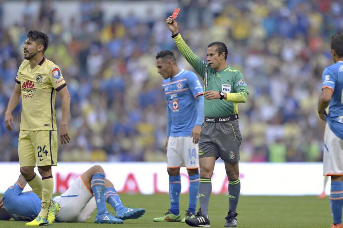 Oribe Peralta y Alfredo Talavera, entre los Villanos de la J7 del C2016