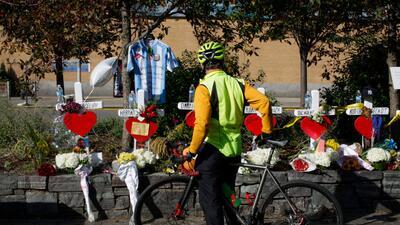 Con camisetas de Argentina y una bicicleta con flores, Nueva York honra a las víctimas del ataque en Manhattan