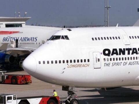 El vuelo de la aerolínea Qantas entre Sydney, Australia y Dallas,...