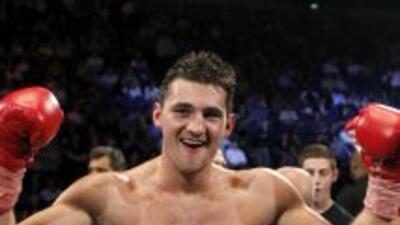 Nathan Cleverly derrotó por nocaut técnico a Aleks Kuziemski