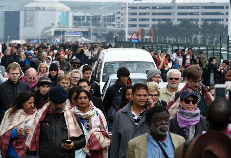 Ataques simultáneos sacuden a Bélgica