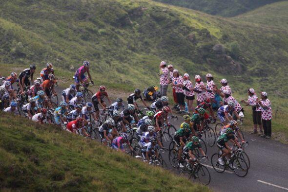 Esta etapa se disputó en las zonas de Pau y Lourdes y la distancia fue d...