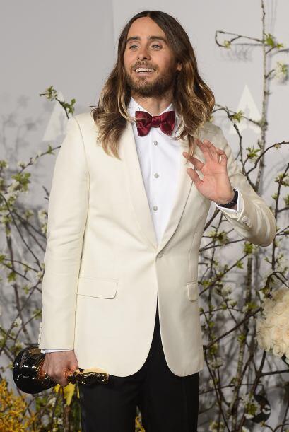 """El actor Jared Leto arriesgó en los """"scar con un look que parecía sacado..."""