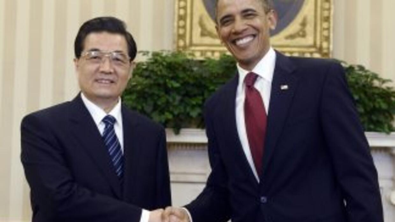 El presidente Obama recibió a su homólogo chino, Hu Jintao, en la Casa B...