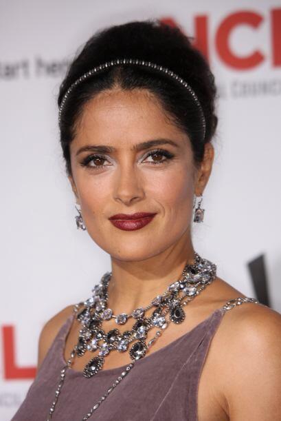 En el aspecto sentimental, Salma sostuvo un largo romance con el actor E...