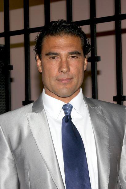 A sus 53 años, Eduardo Yáñez disfruta de su solter&...