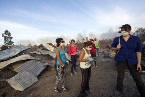 También buscan colectar ropa y alimentos con los que ayudar a las famili...