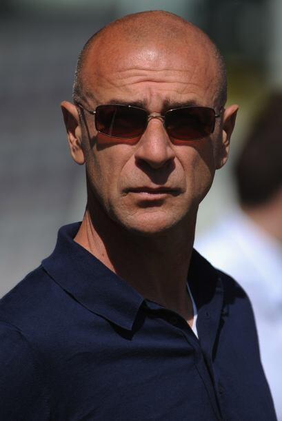 El contraste se vio en el rostro del entrenador del Génova, Davide Balla...
