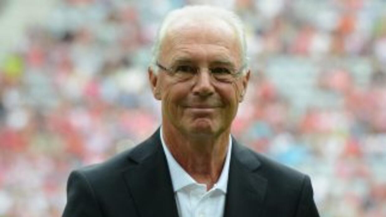 Las contradictorias palabras de Beckenbauer han aumentado la polémica en...