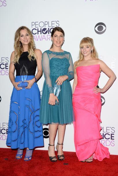 Las tres chicas del show: Kaley Cuoco, Mayim Bialik y Melissa Rauch.