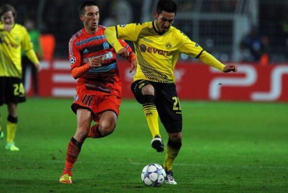 Por otra parte, el Borussia Dortmund perdió su duelo ante el Olympique d...