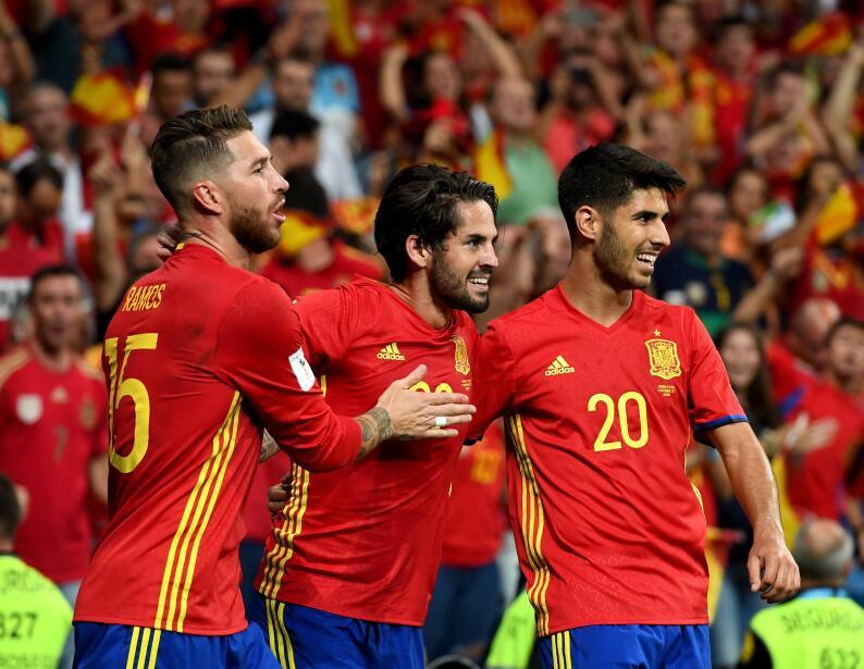 (UEFA / Grupo F) 1. España