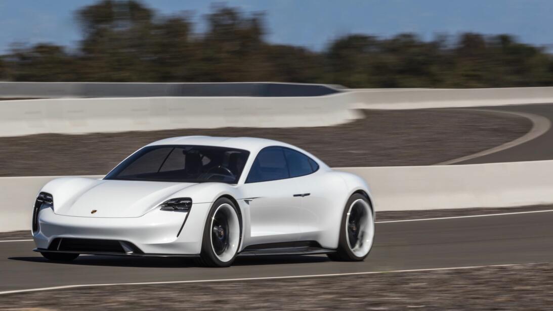 Los secretos del Mission E, el 'mata-Tesla' de Porsche mission-e-2-1.jpg