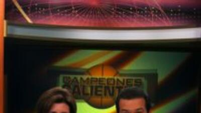 Alina Mayo Azze y Mario Andrés Morene se vistieron del Miami Heat para c...