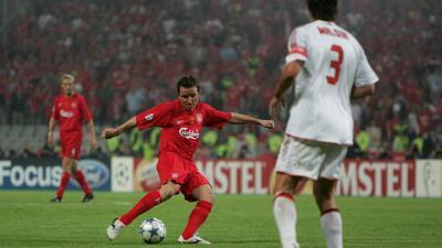 Los 10 mejores | Vladimir Smicer ayudó a escribir 'el milagro de Estambul' con el Liverpool