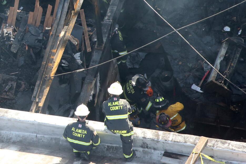 En fotos: Incendio en una fiesta dejó al menos 33 muertos en Oakland 201...