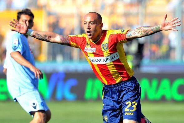 El uruguayo Javier Chevantón marcó el gol que le dio el triunfo al Lecce...