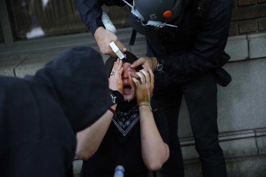 Al menos nueve arrestados durante el Primero de Mayo después de que mani...