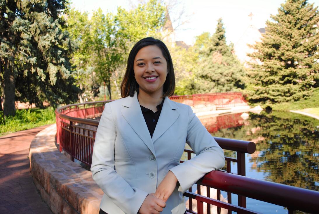 Crystal Murillo, de solo 23 años, ganó un asiento en el gobierno de la c...