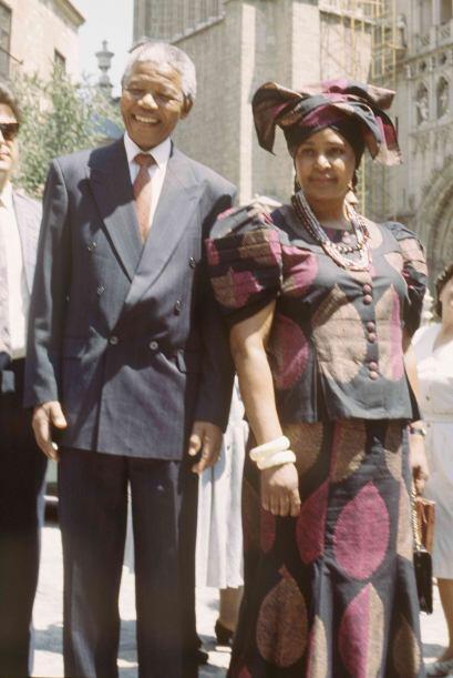 La controvertida exesposa de Nelson Mandela, Winnie Madikizela-Mandela,...