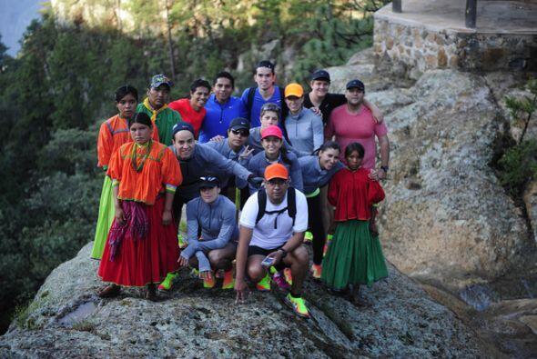 Los indígenas mexicanos Rarámuris dan imagen a la l&iacute...