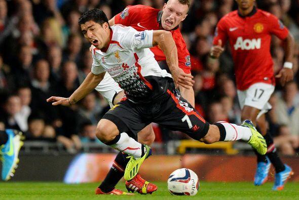 Manchester United defendió bien su ventaja.