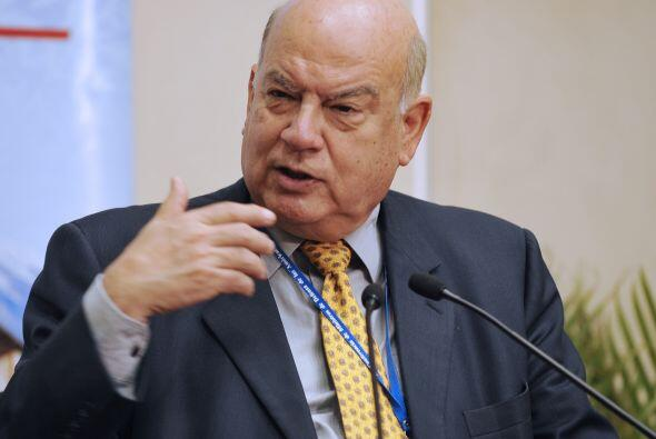 Insulza se reunió  con la ministra española de Asuntos Exteriores, Trini...