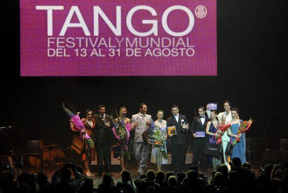 Culminó el Octavo Campeonato Mundial de Danza Tango en Buenos Aires qued...