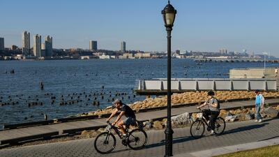 Temperaturas cálidas en Nueva York, el pronóstico del tiempo para este fin de semana feriado