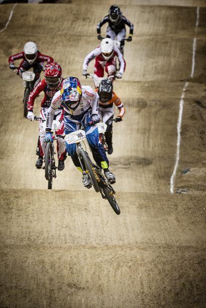 El BMX (Bike Moto Cross) es una modalidad acrobática del ciclismo que se...