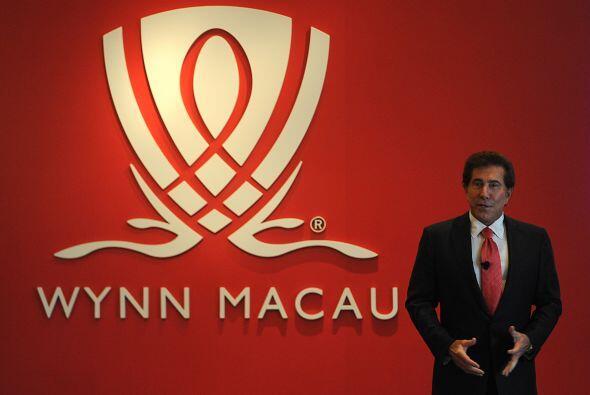 STEVE WYNN Y ANDREA HISSOM- El multimillonario de los casinos Steve Wynn...