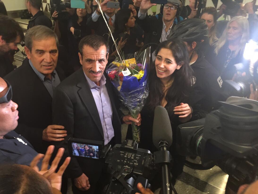 Ali Vayeghan, el primero en retornar a EEUU tras el  veto de Trump a sie...