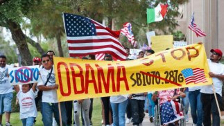 La Ley de Arizona entró en vigor el 29 de julio del 2011 pero una Corte...