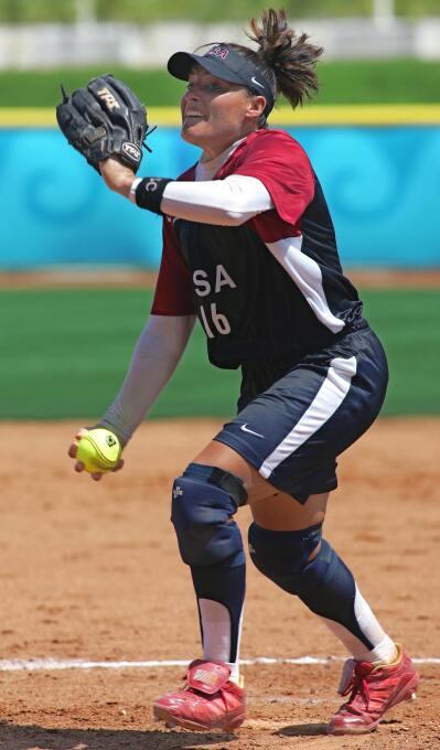 Lisa Fernández, de madre puertoriqueña, logró 3 medallas de oro en Juego...