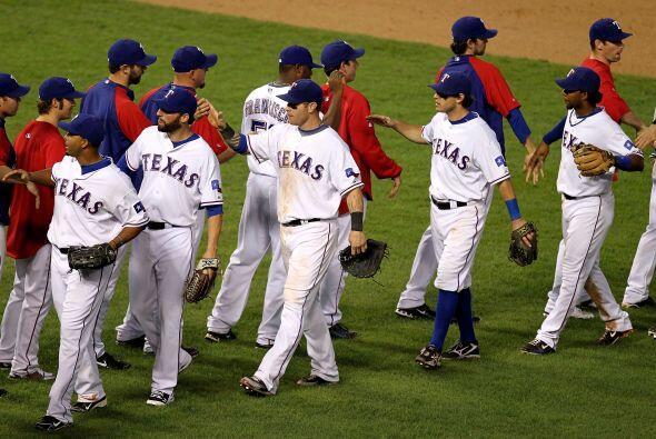 Con su inédito triunfo, Texas igualó la actual serie de campeonato de la...