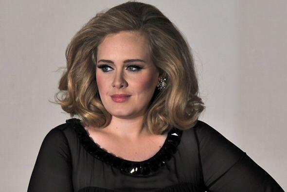 Adele está muy dadivosa.