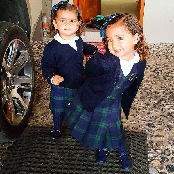 Jacqueline Bracamontes y Renata
