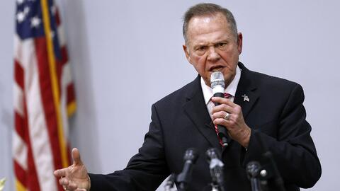 Aunque sigue arriba en las encuestas, Moore ha perdido mucho terreno fre...