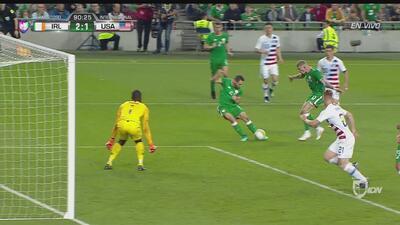 Alan Judge marca el 2-1 para Irlanda